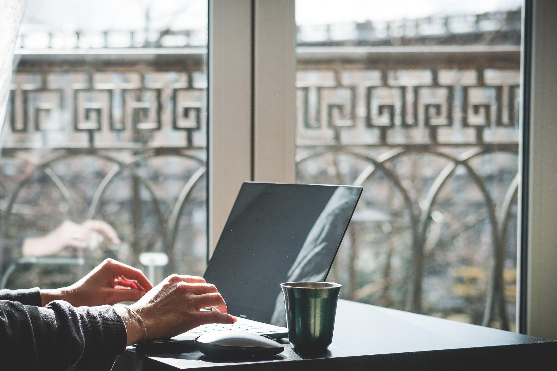 vweb création site internet Cournon-d'Auvergne